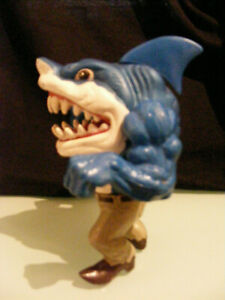 TOY  STREET SHARK  RIPSTER
