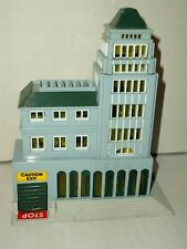 1989 Lewis Galoob toys (Micro Machines) Police station building (lights up!!!)