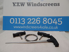 WINDSCREEN FITTING REMOVAL CUTTING WIRE - SQUARE - + WIRE HANDLES + WIRE FEEDER