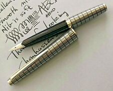 Pilot Elite, Pocket Fountain Pen, 18k Gold Medium Nib, Silver Cross Hatch, Japan