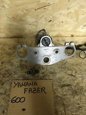 Yamaha Fazer 600 2002 Piastra Superiore Forcella Con Bloccasterzo E Chiave