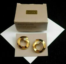 LOVELY AVON RIBBON SPARKLE PIERCED EARRINGS GOLDTONE W/ SURGICAL STEEL POSTS NOS