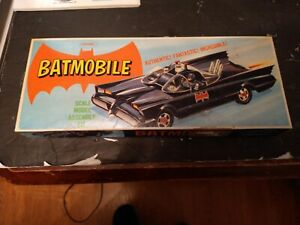 VINTAGE - BATMOBILE Model Kit - Aurora 1966 no instrucions open box L@@K