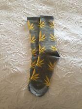 BNWOT Grey With Yellow Weed Marijuana Maple Dope Cannabis Socks