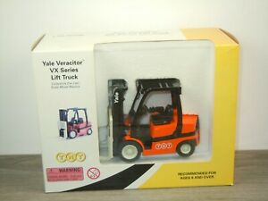 Forklift Yale TNT Post - Norscot 1:25 in Box *50857