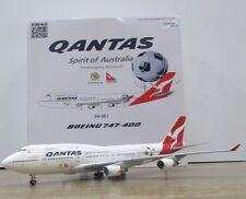 4529 BOEING 747-400 SOCCEROOS QANTAS DIE CAST MODEL 1:200 SCALE AEROPLANE