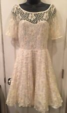 Betsey Johnson Ivory Silver Illusion Sweetheart Lace Flare Skater Dress 6 Small
