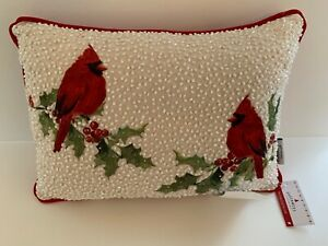 QUEENWEST TRADING CO. 10 X 14 red  Cardinals on holly white beaded pillow  NWT
