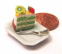 1:12 Scale Slice Of Cake On A Ceramic Plate Dolls House Miniature Accessory SC27