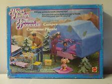 La Famille Doucoeur (The Heart Family) - Caravane Pliante (Camper) - Ref. 3316