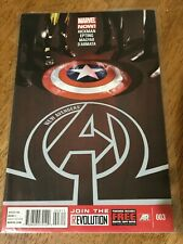NEW AVENGERS COMIC BOOK ISSUE 003 Marvel Now! Hickman Epting Magyar D'armata