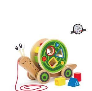 Hape: Walk-along-snail  12M+ Love Play Learn