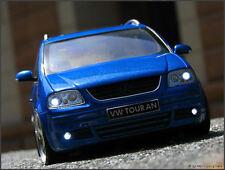 1:18 Tuning VW Touran 1T Vorfacelift 2004 + HMC-KL Alufelgen + Xenon Beleuchtung