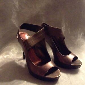 Carlos Santana Ladies Leather Shoes 36.5