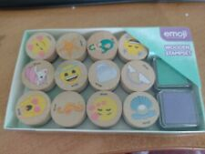BOX WITH EMOJI WOODEN STAMPSET STAMP IS 2 CM (A)