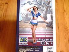 "Masterbox 1:24 ""Suzie"" Kit No.4 Pin Up Series Figure Model Kit"