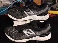 New Balance Fresh Foam 880v10 Black White Womens running shoes size 6 W880k10