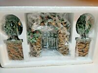 Department Dept 56 Stone Corner Posts w/Holly Tree&Stone Archway Gate Set of 3
