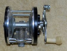 VINTAGE OCEAN CITY FISHING REEL NO.- 112 MADE IN USA