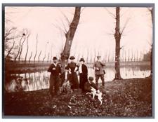 France, Partie de chasse à Champs-Romain  Vintage silver print Tirage argentiq