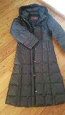 Daunenmantel gr 36, schwarz tailiert sehr warm,mit Kaputze fast Bodenlang- Traum