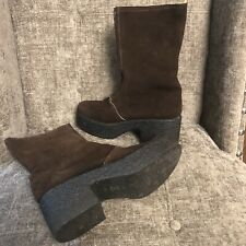 Women's Size 8 Vintage Brown Suede Boots Chunky Heels Made In Italy Leather Sole
