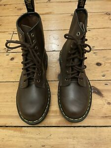 Chocolate Brown Dr Martins Boots, New, Size 5