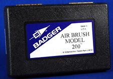 Badger Fine Detail Single Action Internal Mix Bottom Feed Airbrush Set