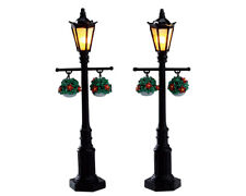 NEW 2017 LEMAX CHRISTMAS VILLAGE OLD ENGLISH LAMP POST, SET OF 2, (4.5V) #74231