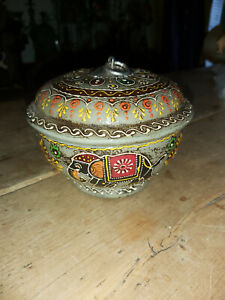 HAND PAINTED ROUND WOODEN ELEPHANT DESIGN POT/BOX FROM INDIA