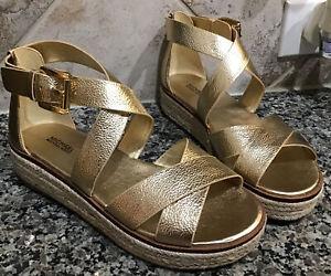 MICHAEL KORS Women's Sz 9 M Metallic Gold Darby Leather Flatform Sandals NEW