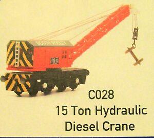 CO28 15 TON HYDRAULIC DIESEL CRANE,   DAPOL UNPAINTED PLASTIC MODEL KIT