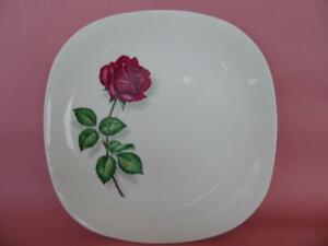VINTAGE J&G MEAKIN BURGUNDY ROSE FLORAL  DINNER OR LARGE CAKE PLATE