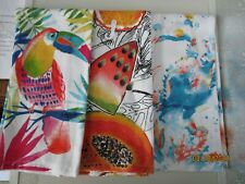 TOWELS..KITCHEN  /  HAND...ASSORTED COLORS AND DESIGNS