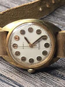 Vostok Watch 2409 Gold Plated AU10 Vintage Original Soviet Mechanical 17 Jewels