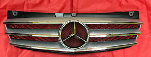 Genuine Mercedes Benz Vito Viano W639 Facelift Front Radiator Grille Star Emblem