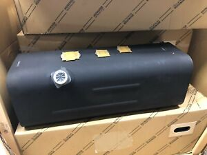 NEW GENUINE TOYOTA DYNA 2006 - 2012 DIESEL FUEL TANK 3.0 D4D