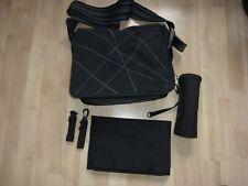 Lässig Wickeltasche schwarz mit Zubehör nicht benutzt