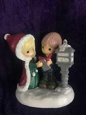 Precious Moments Kcare Christmas Caroling Scene Figurine New
