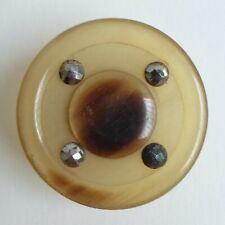 Bouton ancien - Corne blonde tournée et coutée - 32 mm - Horn Button
