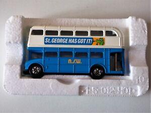 Bus TOMICA L8 ''St. GEORGE HAS GOT IT !''