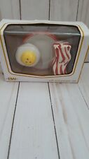 Bacon and Eggs Breakfast Food Salt and Pepper Shakers Ceramic  (k1)