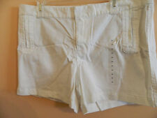 NWT GAP ladies stretch shorts solid white 4 pockets cotton and spandex size 14
