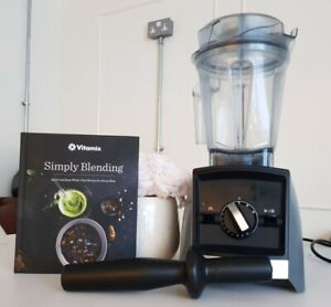 Vitamix Blender Ascent Series A2500i 2018 Model with Recipe Book and Tamper