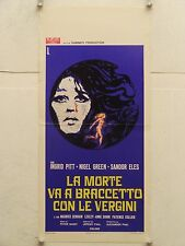 LA MORTE VA A BRACCETTO CON LE VERGINI regia Peter Sasdy locandina orig. 1972