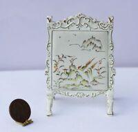Dollhouse Miniature 1:12 Scale Oriental White & Gold Fireplace Screen