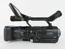 Sony Hvr-Z1U Hdv 3Ccd 1080i Hd Ntsc/Pal Professional Camcorder + 6 Batteries