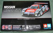 Tamiya 1/24 Nissan R390 Gt1 Menta Y Sellado