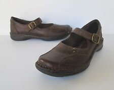 Bass Womens Lovely Brown Pebbled Leather Mary Jane Buckle Flats Shoes - size 8