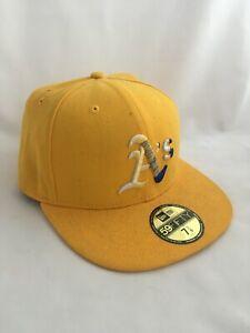 Atlanta Braves Baseball New Era SnapBack 59FIFTY Medium-Large Adjustable Yellow